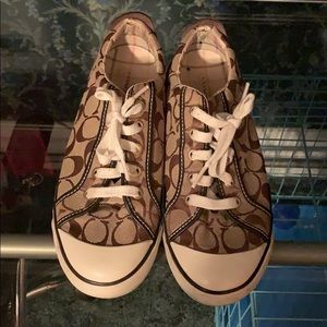USED/AUTHENTIC COACH SNEAKERS